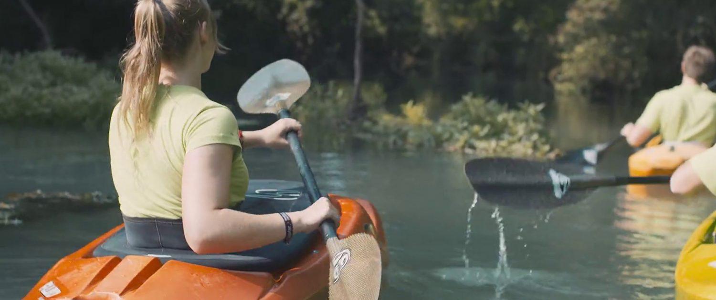 S kajakom po zeleni reki - Green Adventure